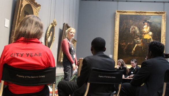 volunteer mentor and pupils at National Gallery