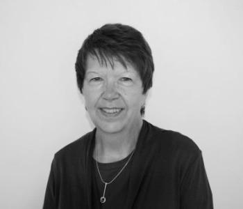 headshot of trustee Pauline Maddison
